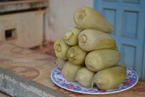 Bắp luộc rất ngon và ngọt nếu bạn ghé thăm Trảng Bàng